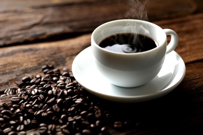 コーヒーが頭痛にもたらす良い影響・悪い影響。