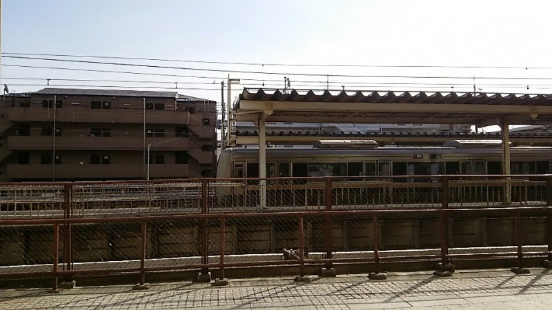 神戸本山整体院は摂津本山駅ホーム前です。